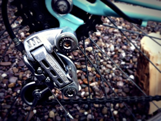Shimano's Altus LT derailleur - early eighties vintage. A sight more elegant than Shimano's current Altus offering.